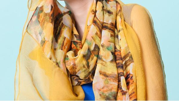 大围巾的搭配示例!让造型华丽而时尚