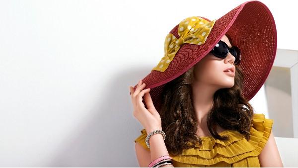 佩琪:端午出游戴一顶美美的帽子