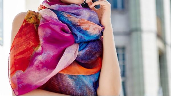 佩琪:围巾与衣服颜色搭配技巧(上)