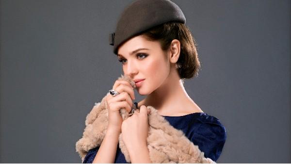一顶佩琪帽子让你回到时尚顶流